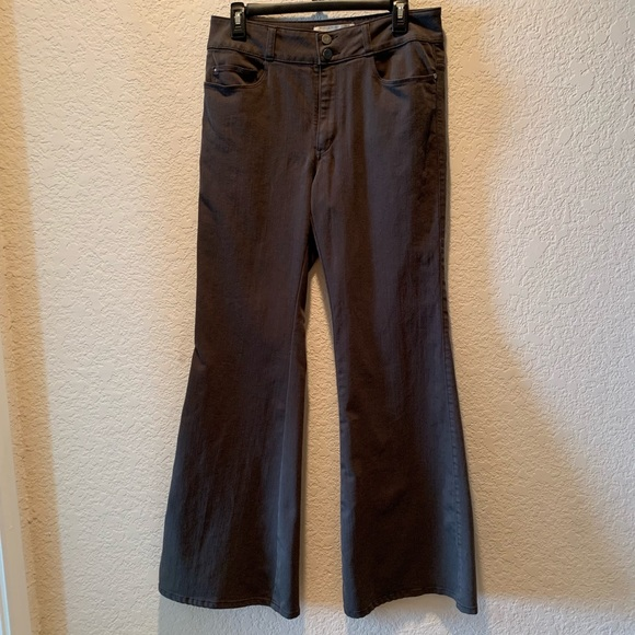 Pilcro and the Letterpress Denim - Pilcro and the Letterpress bell bottoms, size 30
